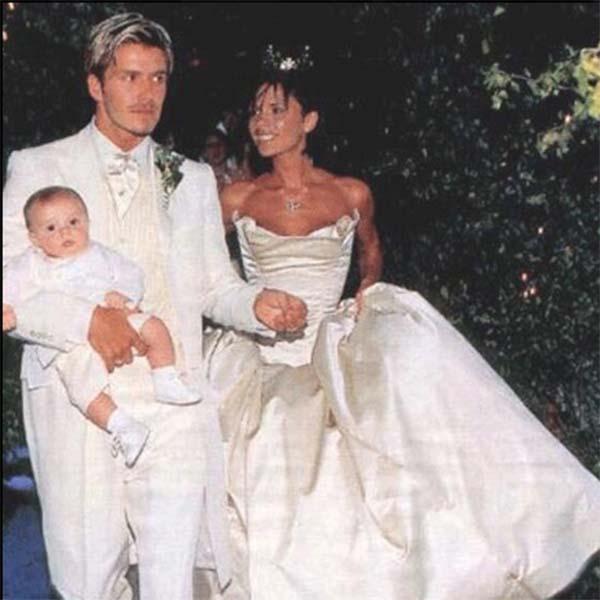 Первенцу пары Бруклину к моменту свадьбы было почти четыре месяца.