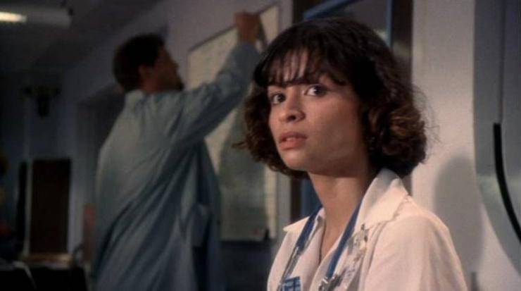 В сериале актриса играла медсестру