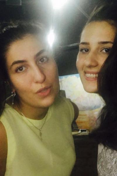 Сестры Марьям и Тамилла Дадашевы
