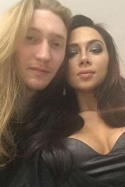 С Александром Настасья встречается уже два месяца