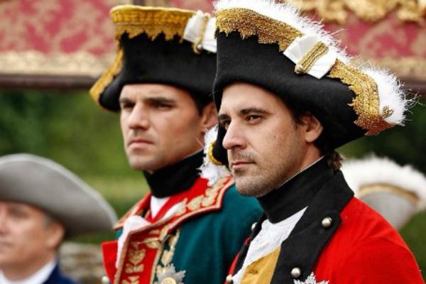 Костюмеры воссоздали мундиры времен 18 века