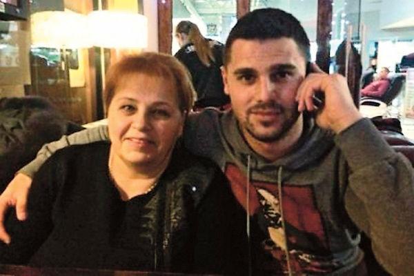 Сергей делает все, чтобы наладить отношения мамы и жены