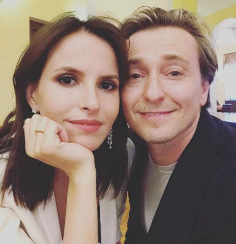 Беременная жена Сергея Безрукова рассказала, кто командует в их семье
