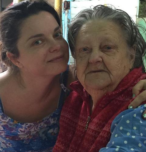 Наташа Королева с бабушкой Софией Николаевной