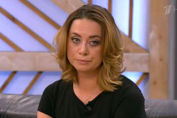 Сестра Жанны Фриске Наталья впервые появилась в студии телевизионной программы, чтобы обсудить семейную проблему