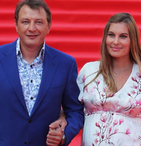 Марат Башаров и Елизавета Шевыркова в конце июля стали родителями