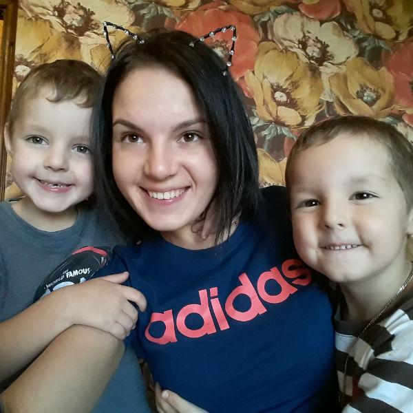 Маргарита Грачева с сыновьями