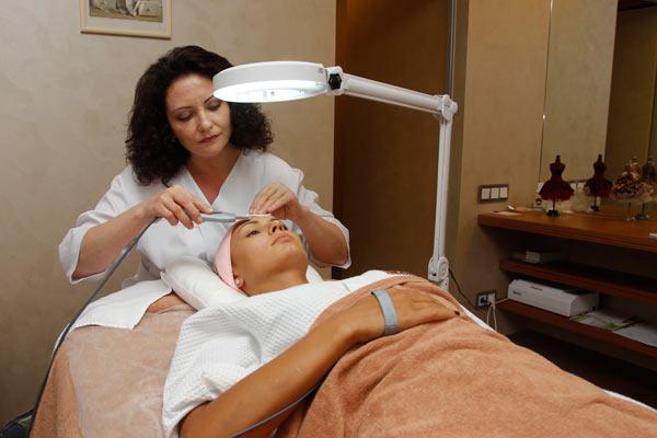 По оценкам специалистов, кожа Инны повреждена на 35%