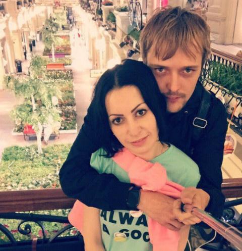 Сергея Зверев младший с женой Юлией