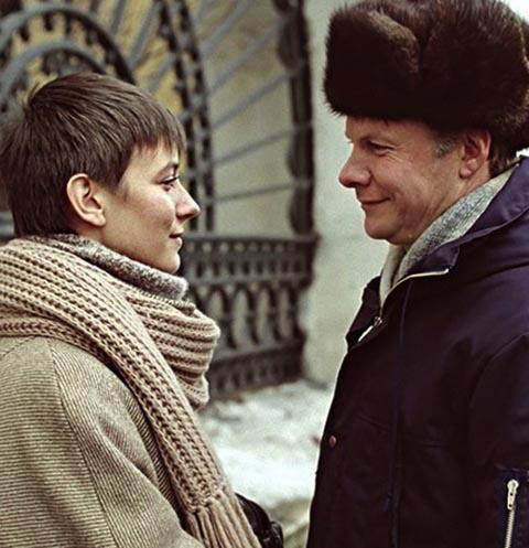 Елена Сафонова и Виталий Соломин сыграли главных героев «Зимней вишни». Актера не стало в 2002 году