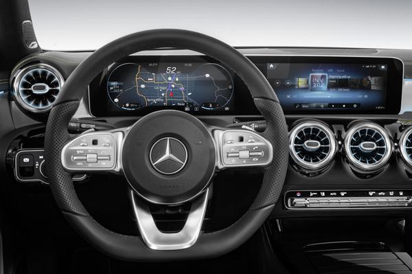 Mercedes-Benz А-Класса стал взрослым и комфортабельным