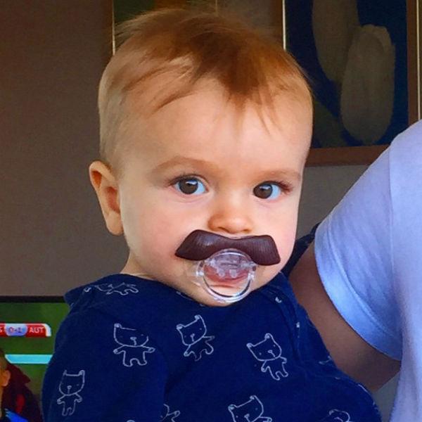 Маленькому Мирону совсем скоро исполнится девять месяцев