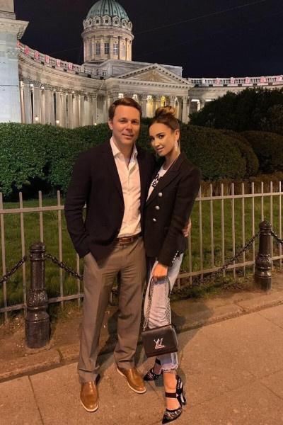 Ольга Бузова гуляла по ночному Санкт-Петербургу с бывшим бойфрендом Тимофеем