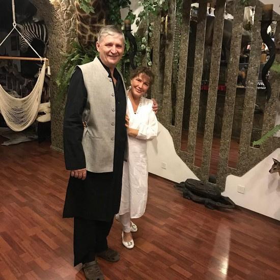 После развода экс-супруги продолжали жить под одной крышей