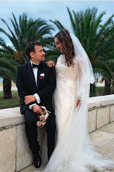 Влюбленные официально поженились в сентябре 2016-го года