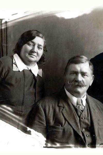 После войны Иван Максимович и его вторая жена Мария Семеновна жили впроголодь