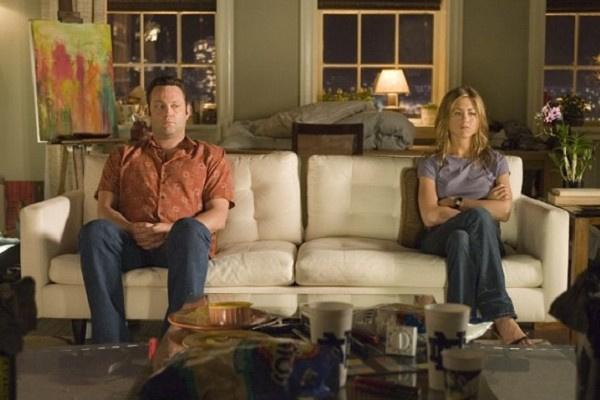 Винс Вон с Дженнифер Энистон в комедии «Развод по-американски»