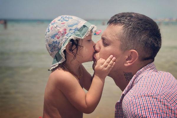 Несмотря на часто возникающие конфликты, супруги стараются уделять детям достаточно внимания