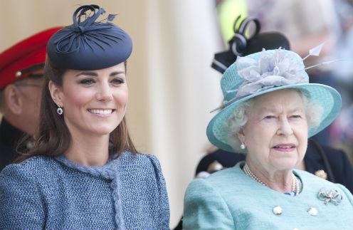 Герцогиня Кэтрин и королева Елизавета II