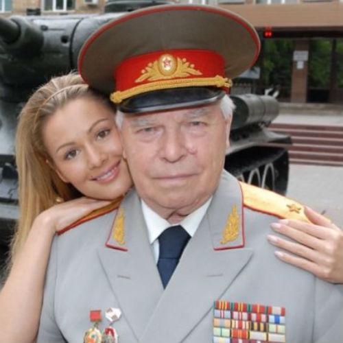 Валентин Николаевич ушел из жизни год назад
