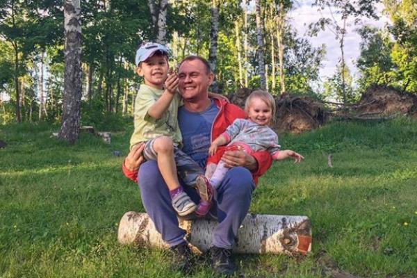 Степан обожает проводить время с детьми