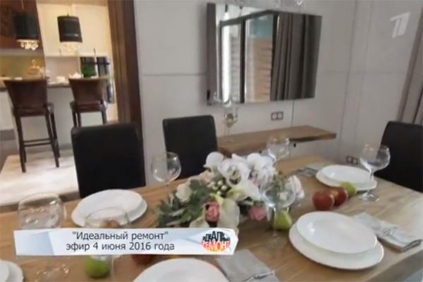 Год назад «Идеальный ремонт» преобразил кухню и гостиную в доме актрис