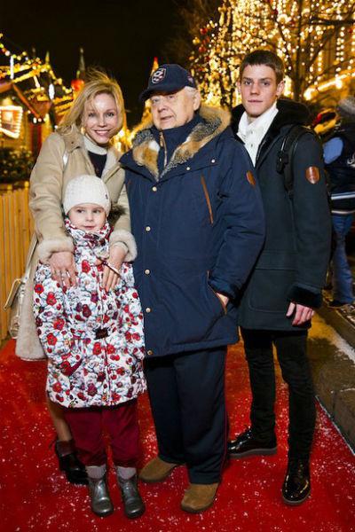 Олег Табаков старше Марины Зудиной на 30 лет