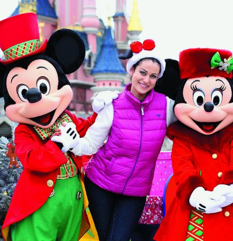 Анна Ковальчук обожает путешествовать, но Новый год отпразднует дома с семьей