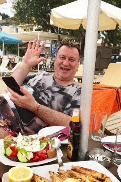 Недавно артист отдыхал в Греции