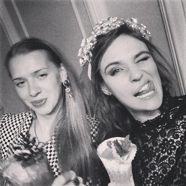 Алена Водонаева с подругой shalashina