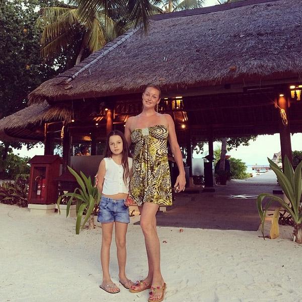 Анастасия Волочкова с дочкой отдыхает на Мальдивах