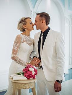 Свадьба Оксаны Домниной и Романа Костомарова стала самым ярким светским событием года