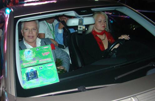 Борис Моисеев с водителем Дианой