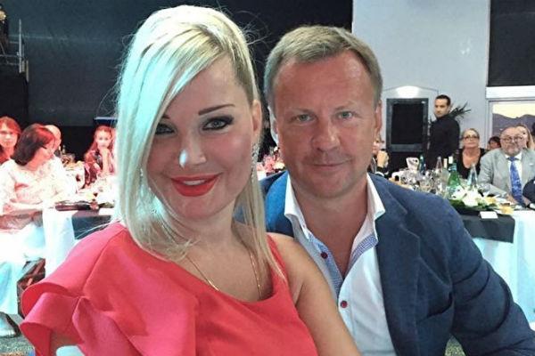 25 марта исполнилось бы два года браку Максаковой и Вороненкова