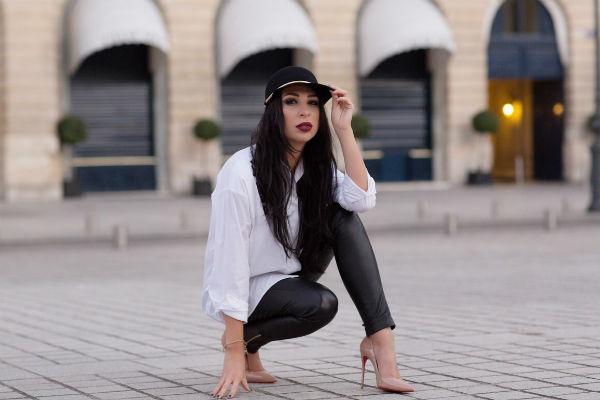 Анастасия убеждена, что девушкам не стоит надевать все и сразу