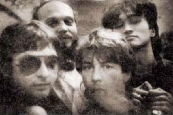 Науменко и Цой вместе с другими музыкантами