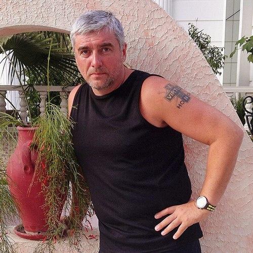 После мощного удара злоумышленника Геннадий Свирь провел какое-то количество времени без сознания