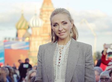 Татьяна Навка зажгла на вечеринке братьев Верников