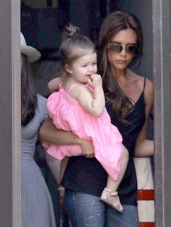 Виктория Бекхэм с дочерью