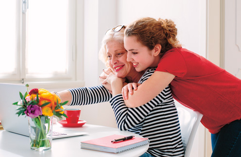 Строим отношения: 5 способов незабываемо провести время с мамой
