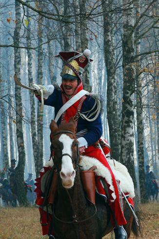 Актеры нарабатывали навыки верховой езды и фехтования еще до начала съемок
