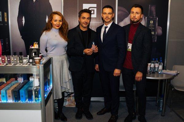 Сергей Губанов с партнерами по бизнесу и певцом Алексеем Романоф