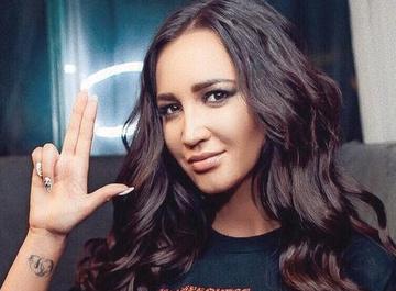 Ольга Бузова угрожает модным блогерам