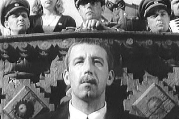 Актер начинал на киностудии имени Александра Довженко