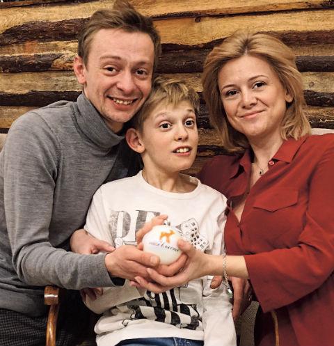 Жене Евгения Кулакова Ольге пришлось бросить работу, чтобы ухаживать за Ильей