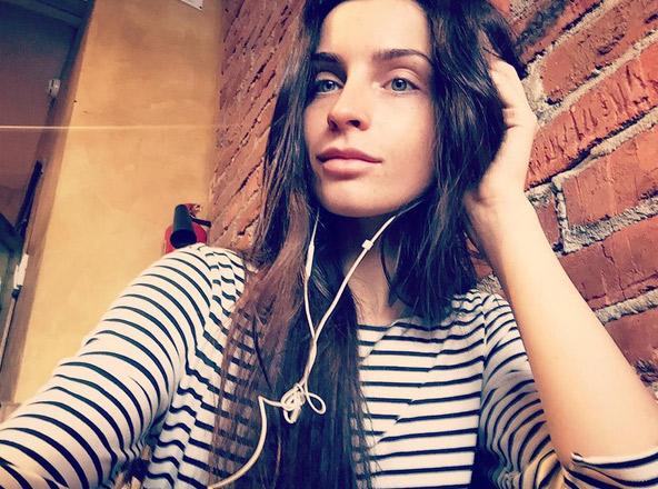 Актриса Яна Аносова пока не слишком известна широкой публике