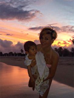 Таня Терешина с дочерью Арис
