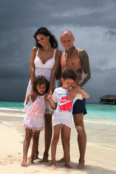 Алана неоднократно признавалась, что Павел является идеальным отцом