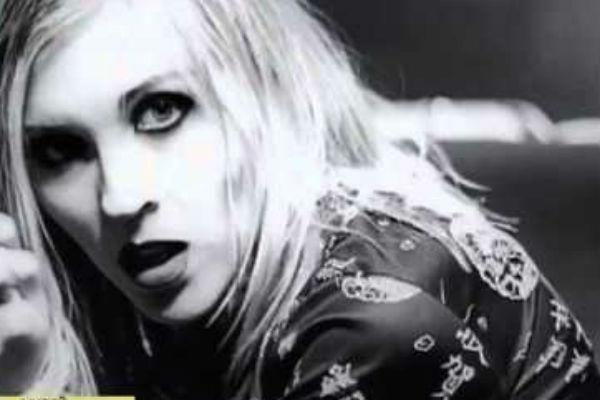 Клип на песню «Одинокая луна» стал одним из самых скандальных за всю историю отечественного шоу-бизнеса
