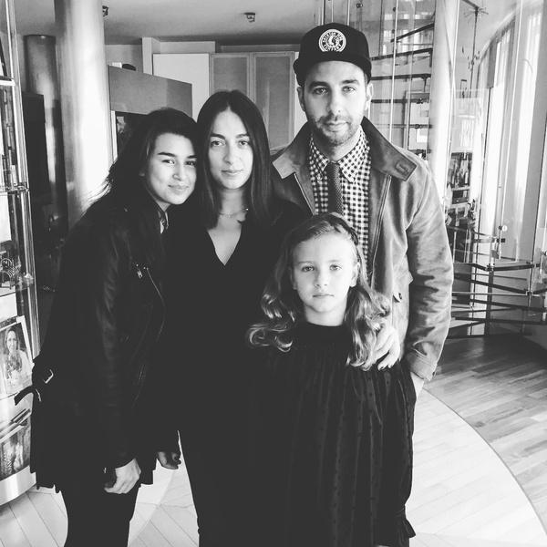 Иван Ургант с семьей